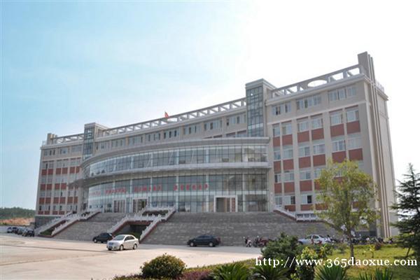 太湖职业技术学校旅游服务与管理