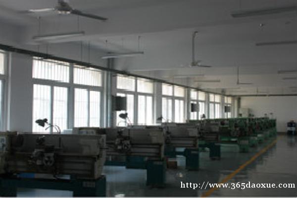 安徽能源技术学校会计专业