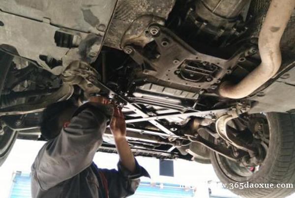 汽车快修班